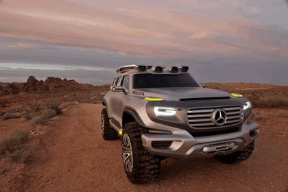 2012 Mercedes-Benz Ener-G-Force concept 5