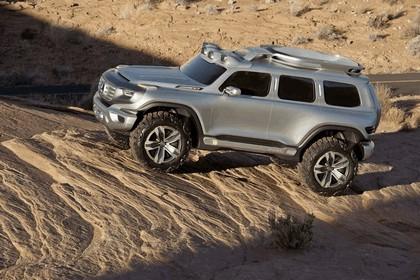 2012 Mercedes-Benz Ener-G-Force concept 13