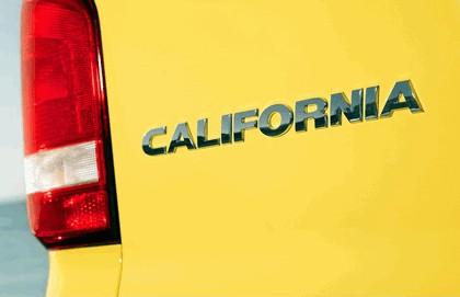 2012 Volkswagen T5 California - UK version 25