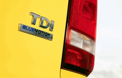 2012 Volkswagen T5 California - UK version 26