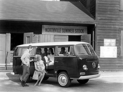 1967 Volkswagen T2 Bus 7
