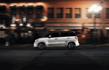2013 Fiat 500L - USA version 10