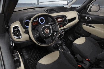 2013 Fiat 500L - USA version 16