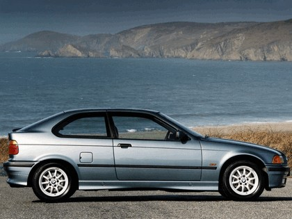 1993 BMW 318ti ( E36 ) compact - UK version 2