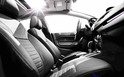 2014 Ford Fiesta 4-door - USA version 4