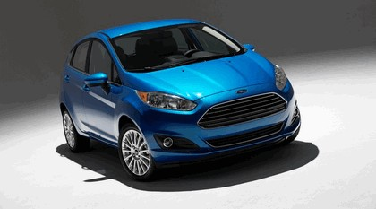 2014 Ford Fiesta 5-door - USA version 24