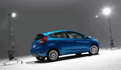 2014 Ford Fiesta 5-door - USA version 73