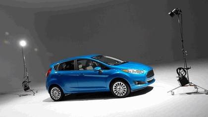 2014 Ford Fiesta 5-door - USA version 80