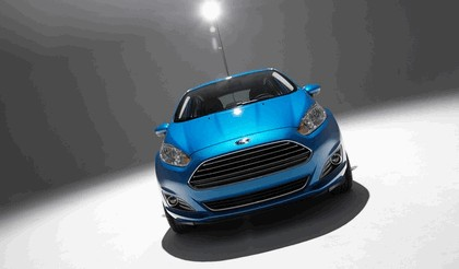 2014 Ford Fiesta 5-door - USA version 109