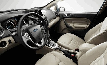 2014 Ford Fiesta 5-door - USA version 116