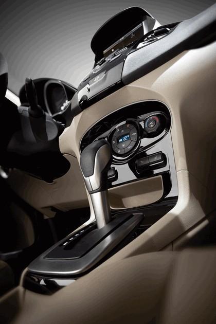 2014 Ford Fiesta 5-door - USA version 127