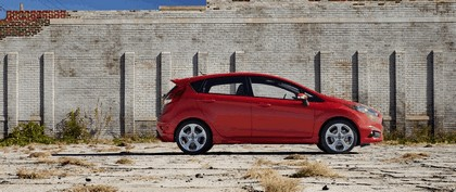 2014 Ford Fiesta ST - USA version 11