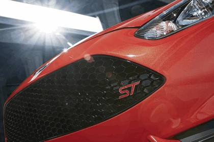 2014 Ford Fiesta ST - USA version 33