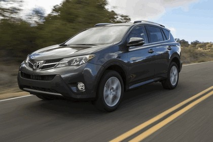 2013 Toyota RAV4 - USA version 3