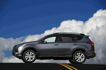 2013 Toyota RAV4 - USA version 6