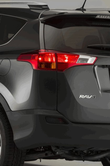 2013 Toyota RAV4 - USA version 22