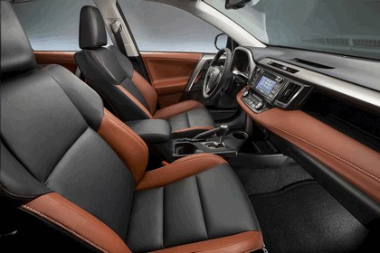 2013 Toyota RAV4 - USA version 28