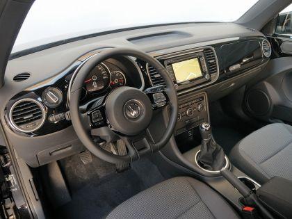 2012 Volkswagen Maggiolino 16