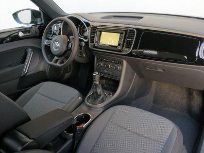 2012 Volkswagen Maggiolino 18