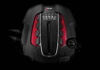 2013 Audi RS6 Avant 13