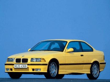 1992 BMW M3 ( E36 ) coupé 8
