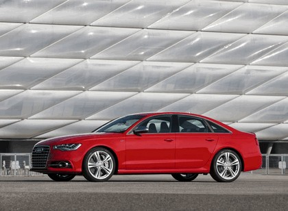 2013 Audi S6 4.0 TFSI - USA version 12