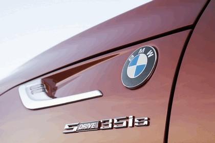 2013 BMW Z4 sDrive35is 9