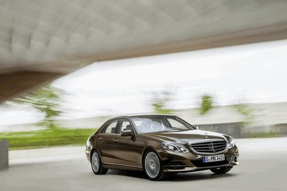 2013 Mercedes-Benz E300 ( W212 ) BlueTec Hybrid 2