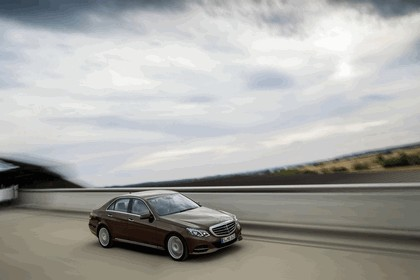 2013 Mercedes-Benz E300 ( W212 ) BlueTec Hybrid 3