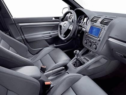 2006 Volkswagen Golf R32 10