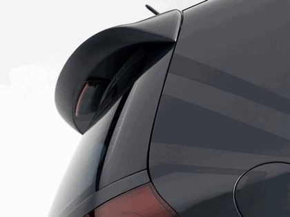 2006 Volkswagen Golf R GTI concept 10