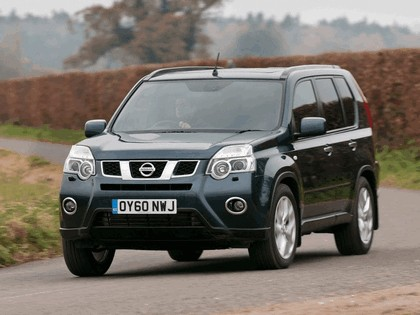 2010 Nissan X-Trail - UK version 1