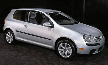 2006 Volkswagen Golf Rabbit 3-door 11