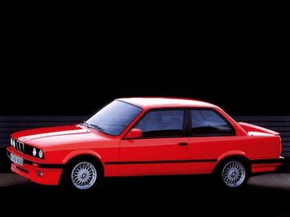 1982 BMW 320i ( E30 ) coupé 2