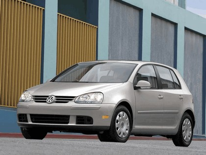 2006 Volkswagen Golf Rabbit 5-door 2