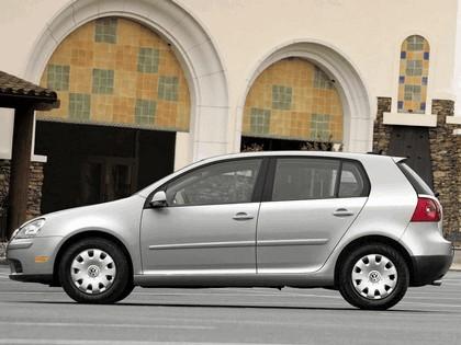 2006 Volkswagen Golf Rabbit 5-door 13