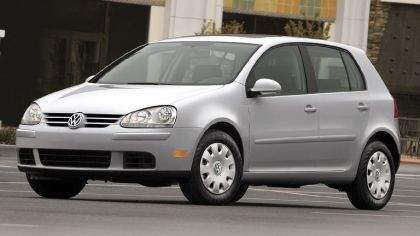 2006 Volkswagen Golf Rabbit 5-door 6
