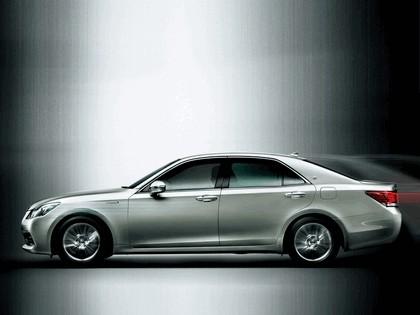 2013 Toyota Crown ( S210 ) Royal 2