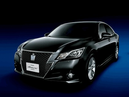 2013 Toyota Crown ( S210 ) Athlete 2