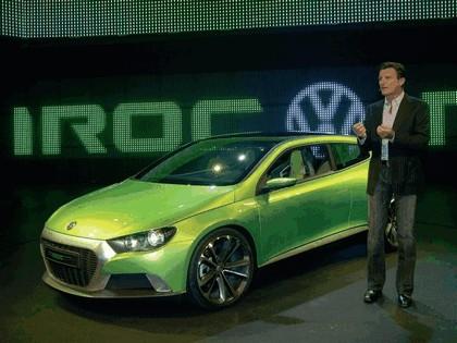 2006 Volkswagen IROC concept 21