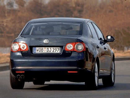 2006 Volkswagen Jetta 2.0 T-FSI 2