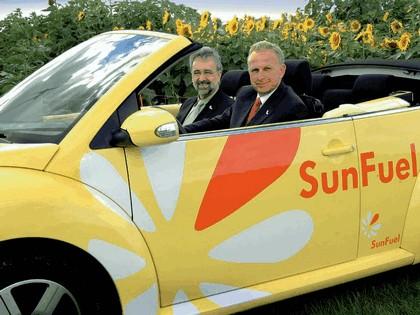 2006 Volkswagen New Beetle Cabriolet Sunfuel concept 11