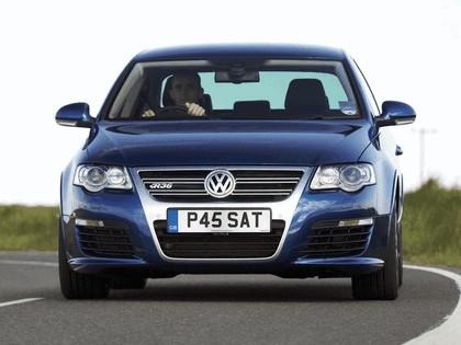 2006 Volkswagen Passat R36 9