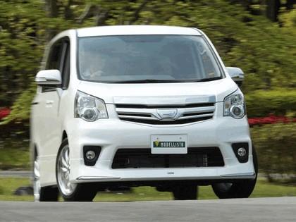 2010 Toyota Noah by Modellista 3