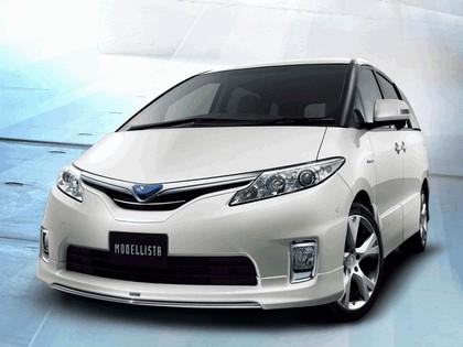 2012 Toyota Estima Hybrid by Modellista 1