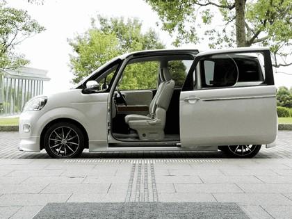 2012 Toyota Porte by Modellista 6