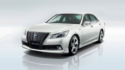 2013 Toyota Crown ( S210 ) Royal by Modellista 4