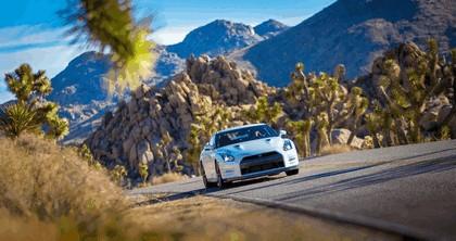 2013 Nissan GT-R ( R35 ) - USA version 7