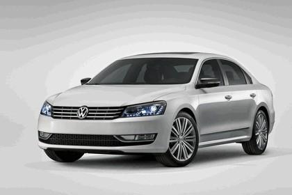 2013 Volkswagen Passat Performance concept 1