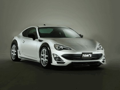 2013 Toyota 86 N086V by Toms 1